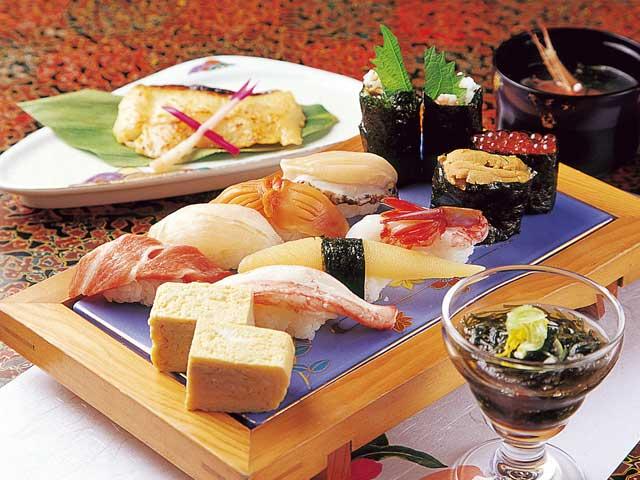 秀寿司むつ店