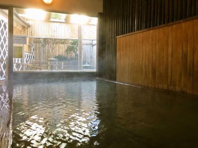 源泉かけ流しの湯宿 石廊館
