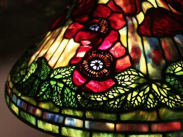 NEW YORK LAMP & FLOWER MUSEUM