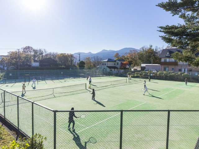 リゾートホテルロブィングテニスコート