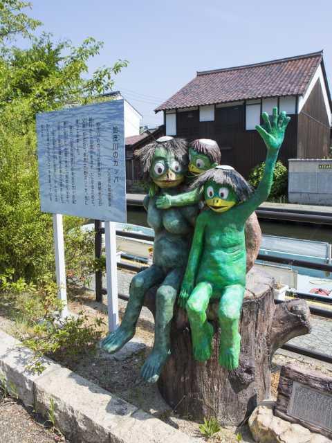 旧加茂川沿い