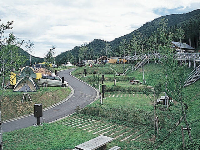 わかさ氷ノ山(自然ふれあいの里)キャンプ場