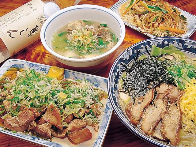 奄美鶏飯と島料理の鳥しん