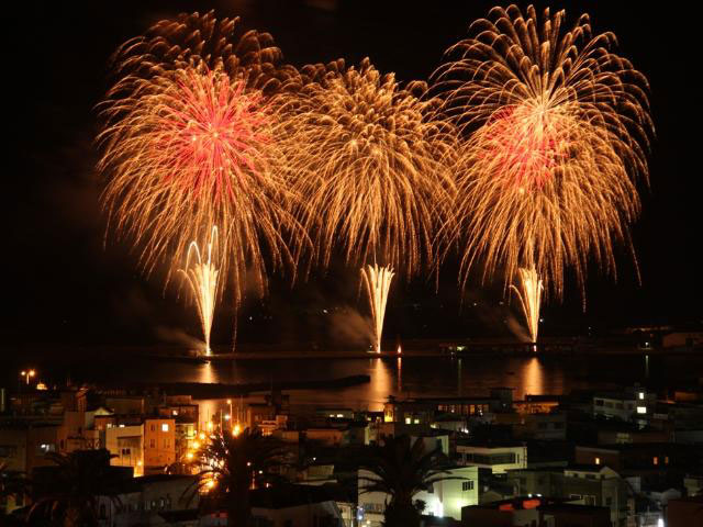 さつま黒潮きばらん海「枕崎港まつり」花火大会
