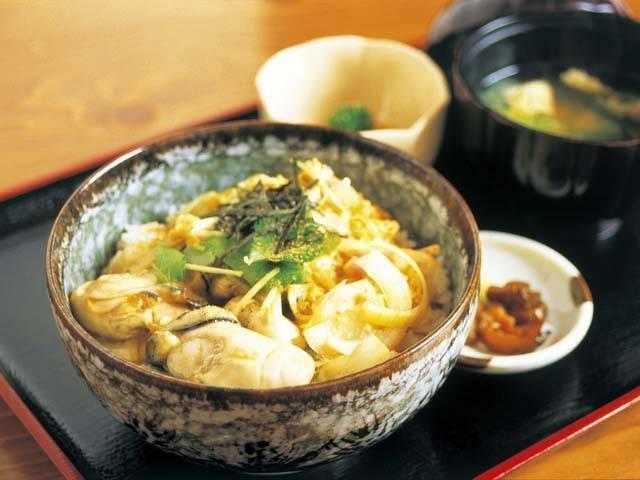 舞鶴の牡蠣丼