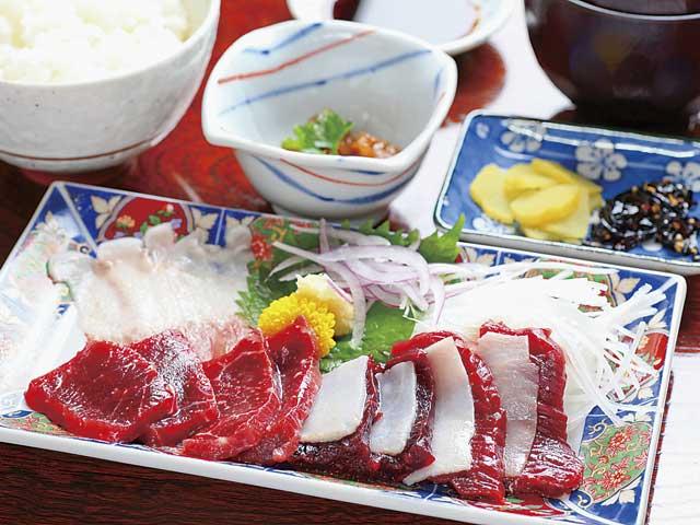 太地・勝浦のクジラ料理
