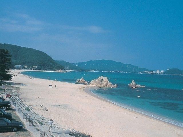 きらめく砂浜 水晶浜海水浴場(福井県)