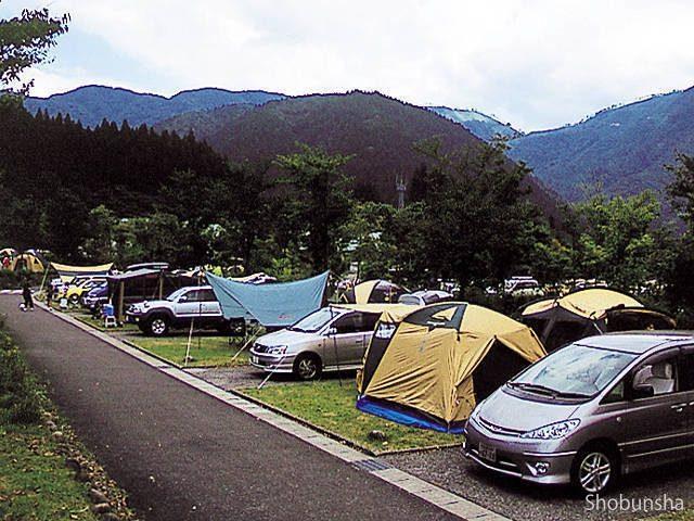 2.清流・根尾川で川遊びキャンプ NEOキャンピングパーク(岐阜県)